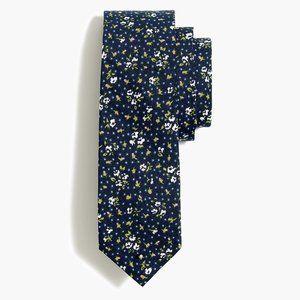 J Crew Men skinny tie floral pattern